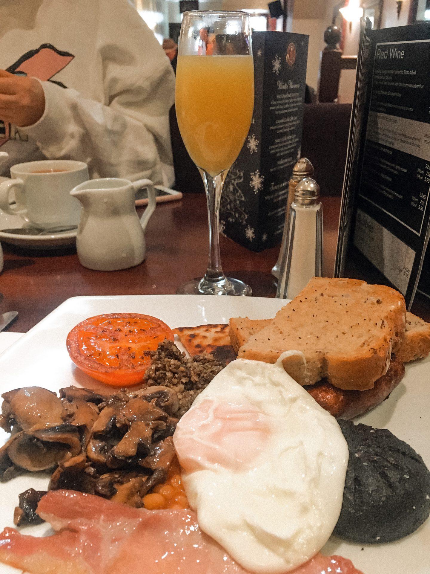 Scottish breakfast at Royal MCGregror in Edinburgh