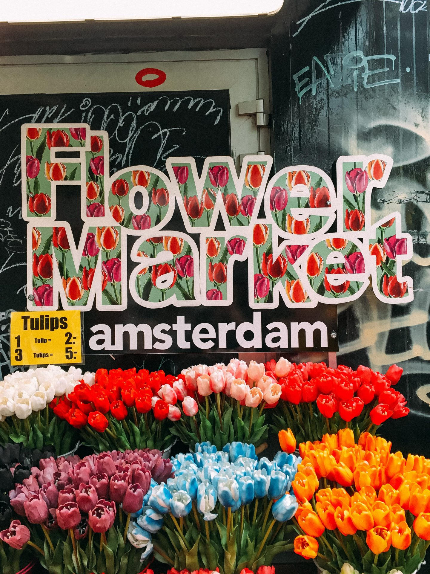 Flower market at Albert Cuyp Market, Amsterdam